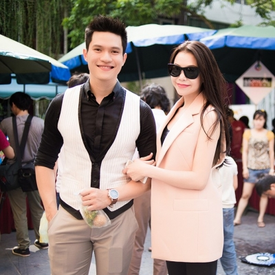 <b style='background-color:Yellow'>Tra Ngoc Hang</b> than thiet voi trai dep Minh Anh