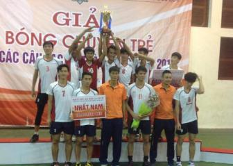 Nam <b style='background-color:Yellow'>Bien Phong</b> vo dich giai bong chuyen tre Cup cac CLB 2015