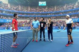 Video <b style='background-color:Yellow'>China Open 2015</b> - Novak Djokovic vs Simone Bolelli
