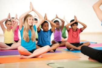 <b style='background-color:Yellow'>Tap the duc</b> cho be: Yoga va Boi