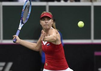 <b style='background-color:Yellow'>Sharapova</b> khong the giup DT Nga vo dich Fed Cup 2015