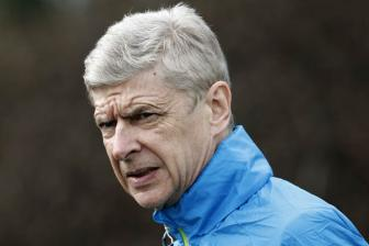 <b style='background-color:Yellow'>HLV Wenger</b> to cao UEFA dung tung cho nan su dung doping