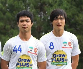 """Cau thu <b style='background-color:Yellow'>Hoang Anh Gia Lai</b> tap nap """"Dong du"""""""