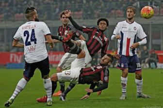 Video vong 4 Coppa Italia: AC Milan 3-1 Crotone