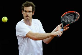 <b style='background-color:Yellow'>Andy Murray</b> nen thue Marat Safin lam HLV?