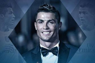 <b style='background-color:Yellow'>CR7</b> lan thu 2 lien tiep gianh danh hieu 'Salon d'or'