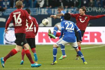 <b style='background-color:Yellow'>Schalke</b> 04 vs Hannover 96, 02h30 ngay 05/12: Lay lai the dien