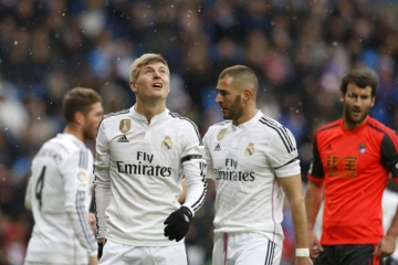 <b style='background-color:Yellow'>Con so</b> dang bao dong voi Real Madrid