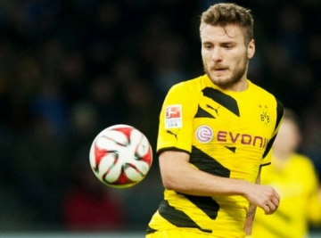 Ngay ve cua <b style='background-color:Yellow'>Ciro Immobile</b>...