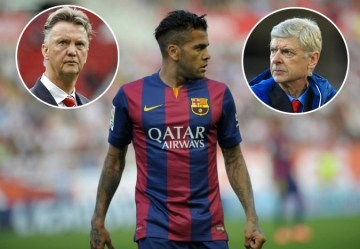 "Arsenal ""cuop"" <b style='background-color:Yellow'>Dani Alves</b> truoc mui Man Utd"
