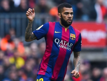 Liverpool dung luong khung thuyet phuc <b style='background-color:Yellow'>Dani Alves</b>