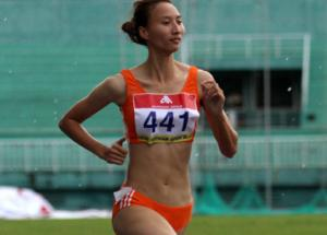 <b style='background-color:Yellow'>SEA Games 28</b> se vang bong VDV dien kinh Nguyen Thi Thuy