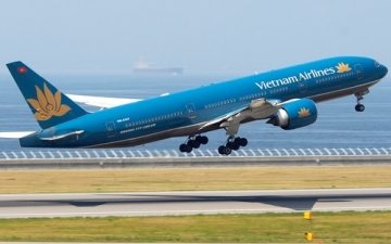 <b style='background-color:Yellow'>Vietnam Airlines</b>: Ao moi va duong bang moi