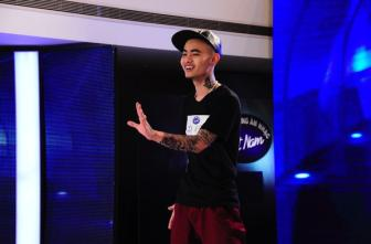 Vietnam Idol: Xuat hien 'ma ca rong <b style='background-color:Yellow'>ca tinh</b>'