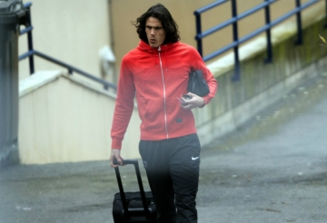 Arsenal rong duong chieu mo <b style='background-color:Yellow'>Edinson Cavani</b>