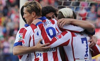 Atletico Madrid 2-0 <b style='background-color:Yellow'>Real Sociedad</b>: Bam sat Real