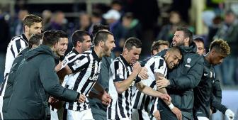 <b style='background-color:Yellow'>Fiorentina</b> 0-3 Juventus: Quyen luc nha vo dich