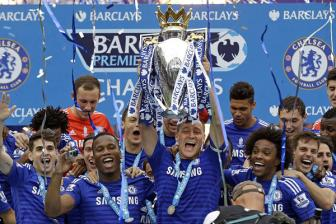 Thang <b style='background-color:Yellow'>Sunderland</b> 3-1, Chelsea tung bung nhan cup