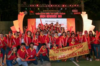 <b style='background-color:Yellow'>SEA Games 28</b>: Thap sang niem tin chien thang