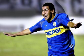 Boca Juniors xac nhan co <b style='background-color:Yellow'>Carlos Tevez</b>