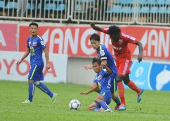 Video <b style='background-color:Yellow'>vong 17 V-league</b> 2015 - HAGL 2-1 B.Binh Duong