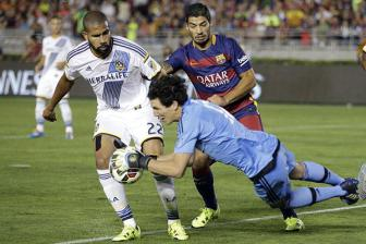 Video <b style='background-color:Yellow'>International Champions Cup</b> 2015 - Barcelona 2-1 Los Angeles Galaxy