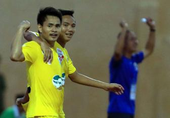 FLC Thanh Hoa: Gio la thoi cua <b style='background-color:Yellow'>Hoang Dinh Tung</b>