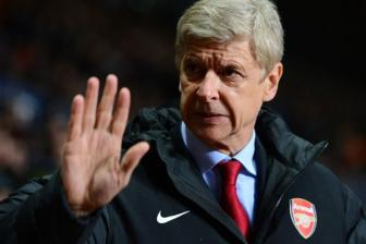 "<b style='background-color:Yellow'>HLV Arsene Wenger</b>: ""Chung toi khong he duoc hoi y kien"""