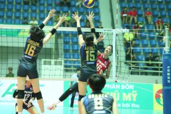 Hisamitsu Springs qua manh so voi Petron Blaze Spikers