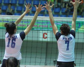 <b style='background-color:Yellow'>Bui Thi Nga</b> ghi duoc 22 diem tran gap Petron Blaze Spikers