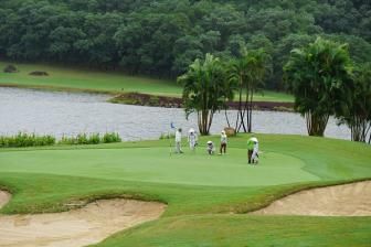 Chi Linh Star Golf & Country Club – Challenging Golf at a Scenic Getaway