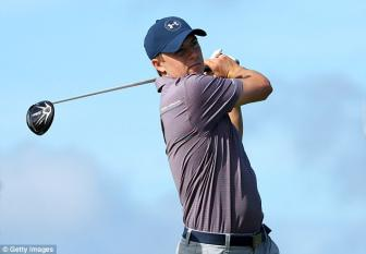 Jordan Spieth wants to maintain No 1 ranking by keeping 2015 momentum going at Hyundai Tournament of Champions