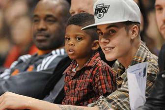 Justin Bieber just got Chris Paul tons of NBA All-Star votes