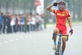 Vietnam wins silver medal at Asian cycling event