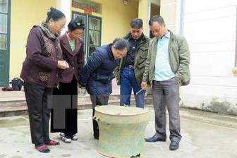 Ancient bronze drum found in Dien Bien