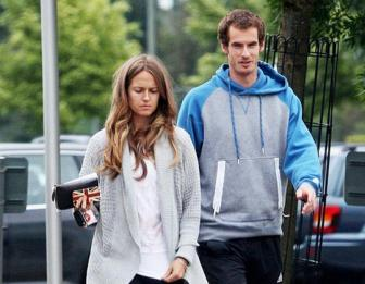 <b style='background-color:Yellow'>Andy Murray</b>: Con cai la tren het