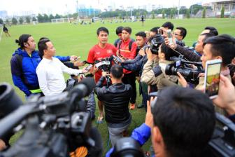 Cup vo dich <b style='background-color:Yellow'>AFF Cup 2016</b> den Viet Nam