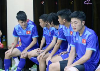 Chia tay <b style='background-color:Yellow'>AFF Cup 2016</b>, Tuan Anh dieu tri chan thuong o dau?