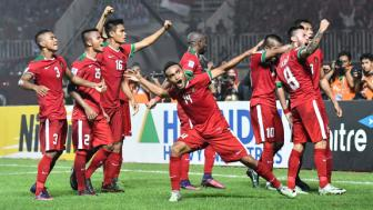 Indonesia nguoc dong danh bai Thai Lan o <b style='background-color:Yellow'>chung ket luot di</b> AFF Cup