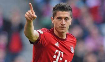 <b style='background-color:Yellow'>Bayern Munich</b> cham dut co hoi so huu Lewandowski cua Real va PSG