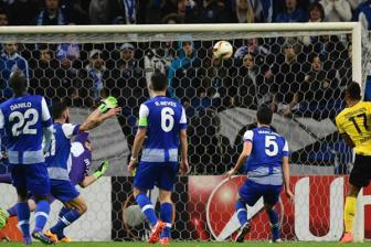 Video luot ve vong 1/16 Europa League: <b style='background-color:Yellow'>FC Porto</b> 0-1 Dortmund
