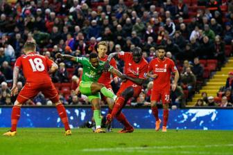 Video vong 25 ngoai hang Anh: Liverpool 2-2 Sunderland