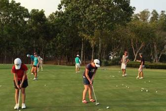 Vietnam golf course a favorite destination of Korean students