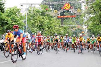 78 racers to join in HCMC Television Cycling Race 2016