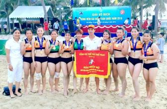 Ha Noi beat HCM City to win national beach handball event