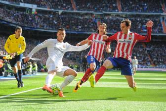 <b style='background-color:Yellow'>Atletico Madrid</b>: Di thuong va phi thuong