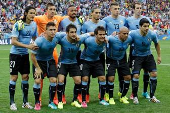 <b style='background-color:Yellow'>Copa America 2016</b>: Uruguay - Khat vong cua 'Quy'