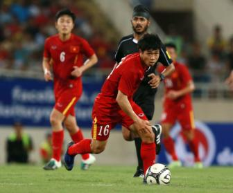 Cong Phuong duoc <b style='background-color:Yellow'>Mito Hollyhock</b> mo duong tham du AFF Cup 2016