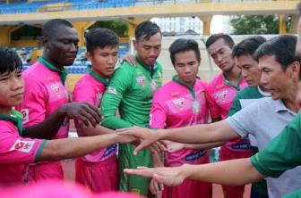 Truc tiep <b style='background-color:Yellow'>Binh Phuoc</b> vs Dong Thap - Vong loai Cup quoc gia 2017