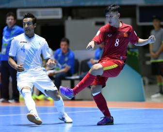Nguoi hung Minh Tri noi gi ve hat-trick tai VCK <b style='background-color:Yellow'>World Cup Futsal 2016</b>